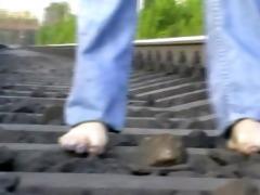 bawdy feet