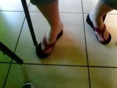 gilfs feet