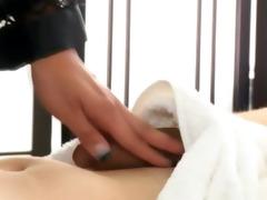 masseuse